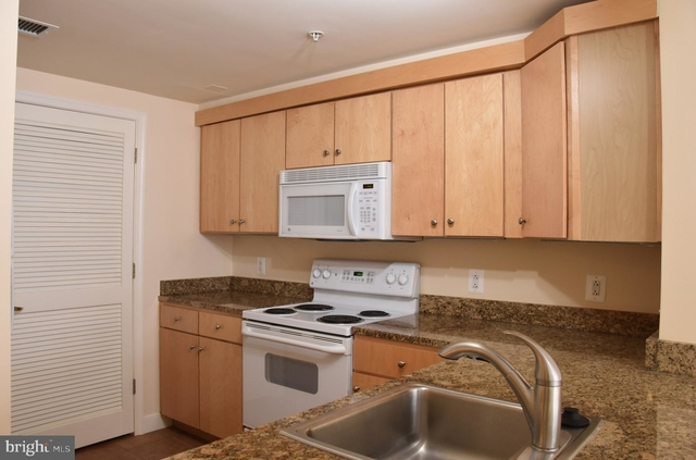 1 Bedroom, Penn Quarter Rental in Washington, DC for $2,500 - Photo 1