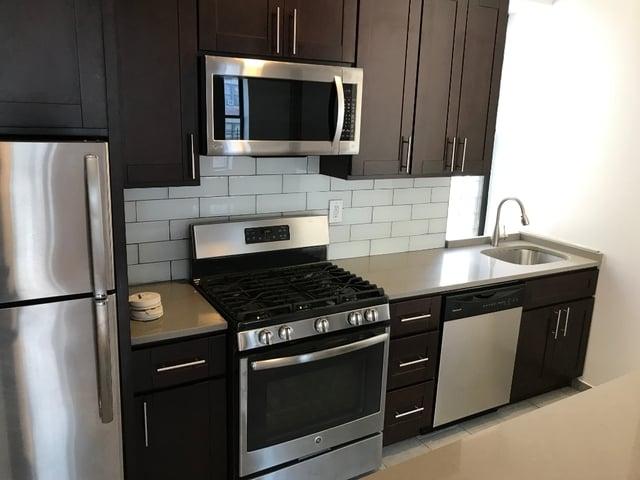 Room, Washington Heights Rental in NYC for $899 - Photo 1