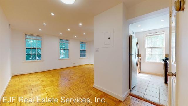 1 Bedroom, Cleveland Park Rental in Washington, DC for $2,200 - Photo 2