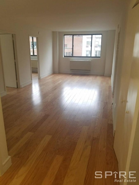 2 Bedrooms, Upper West Side Rental in NYC for $4,066 - Photo 1