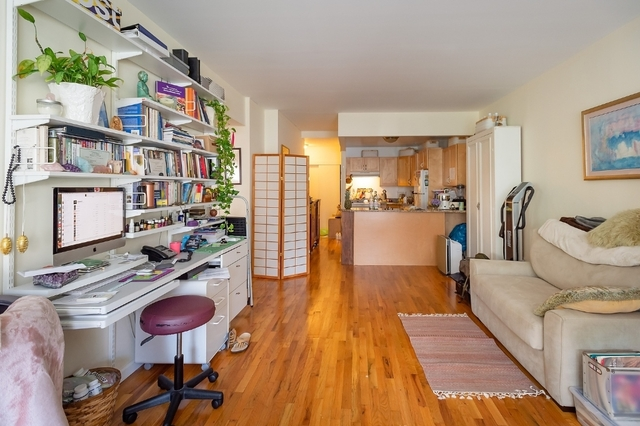 1 Bedroom, Yorkville Rental in NYC for $2,620 - Photo 2