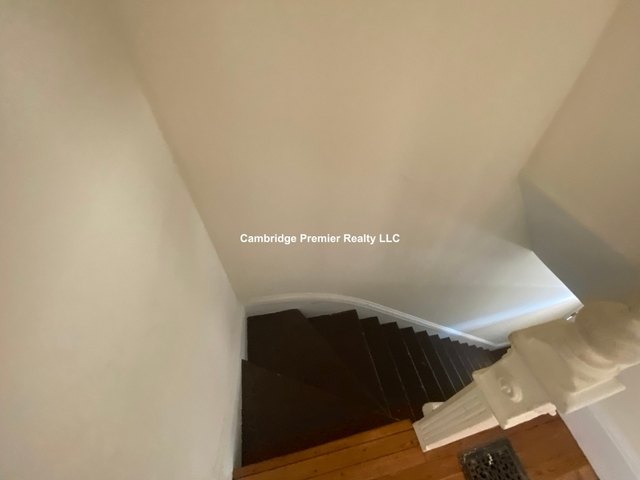 2 Bedrooms, Winter Hill Rental in Boston, MA for $1,950 - Photo 1