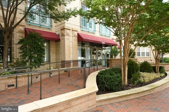 2 Bedrooms, Reston Rental in Washington, DC for $2,150 - Photo 1