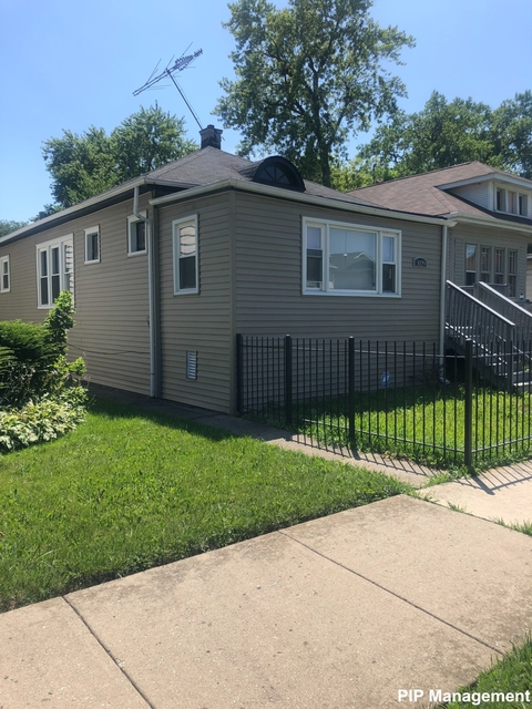 3 Bedrooms, Washington Heights Rental in Chicago, IL for $1,550 - Photo 2