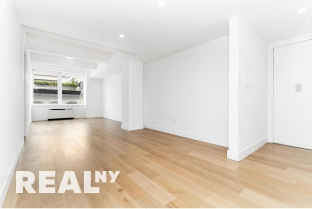 4 Bedrooms, Tribeca Rental in NYC for $6,495 - Photo 1