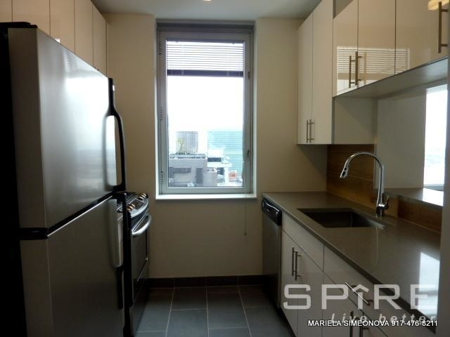2 Bedrooms, Turtle Bay Rental in NYC for $4,800 - Photo 2