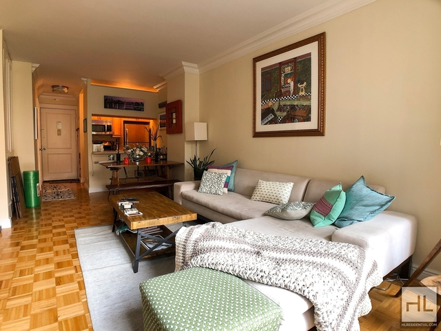 1 Bedroom, Battery Park City Rental in NYC for $3,345 - Photo 2