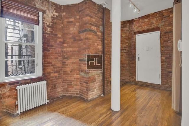 1 Bedroom, SoHo Rental in NYC for $3,025 - Photo 2