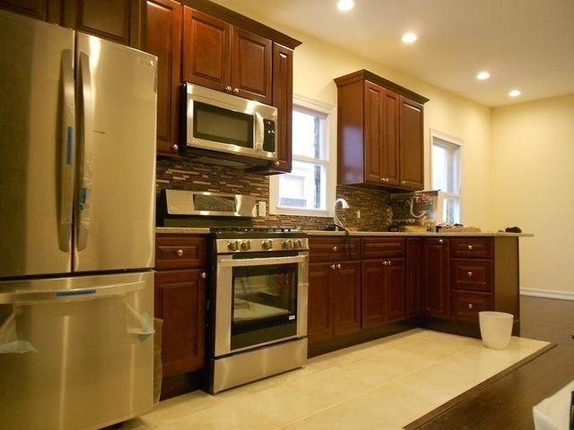 3 Bedrooms, Kensington Rental in NYC for $2,600 - Photo 2