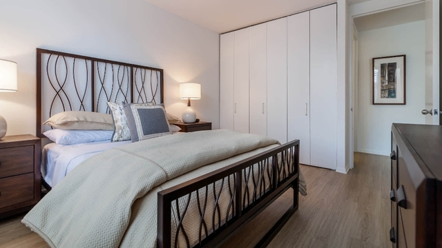 2 Bedrooms, Chelsea Rental in NYC for $5,688 - Photo 1