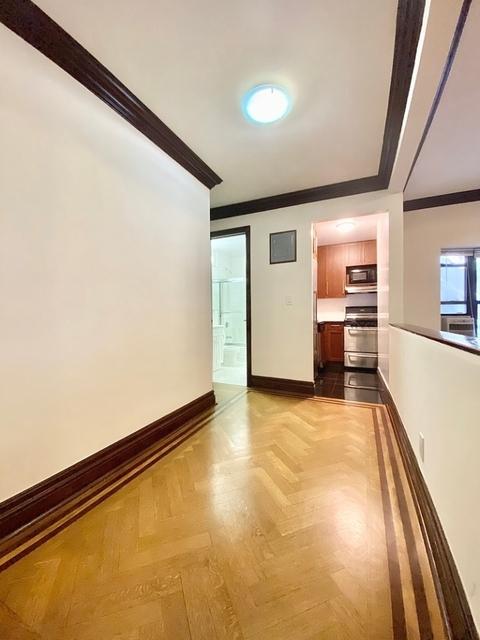 Loft, East Flatbush Rental in NYC for $2,350 - Photo 2