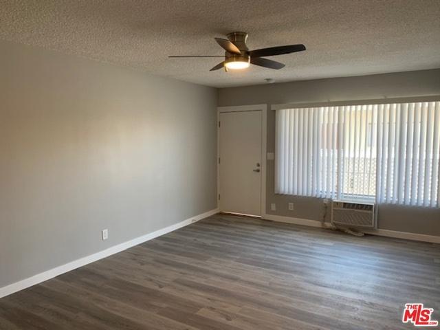 3 Bedrooms, Van Nuys Rental in Los Angeles, CA for $2,297 - Photo 2