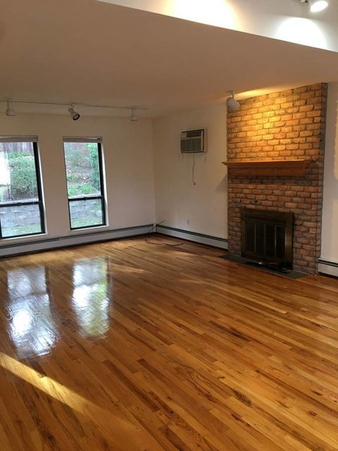 2 Bedrooms, Manorhaven Rental in Long Island, NY for $3,250 - Photo 1