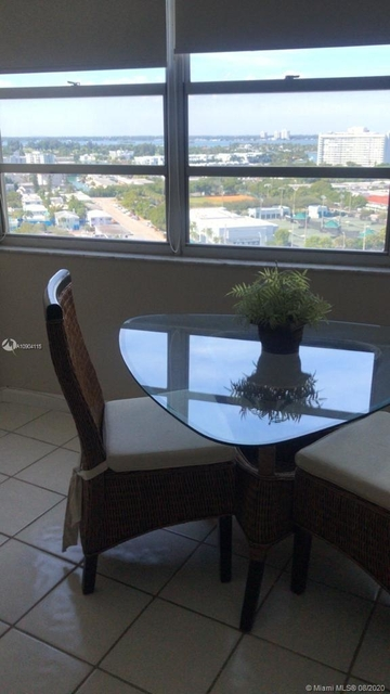1 Bedroom, Normandy Beach South Rental in Miami, FL for $1,600 - Photo 2