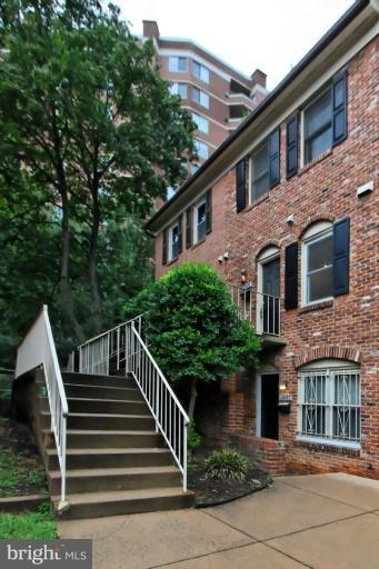 2 Bedrooms, Clarendon - Courthouse Rental in Washington, DC for $2,550 - Photo 2