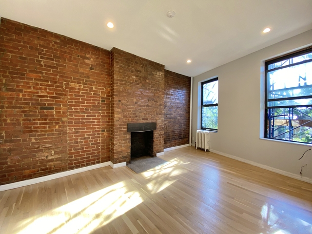 1 Bedroom, West Village Rental in NYC for $3,290 - Photo 2