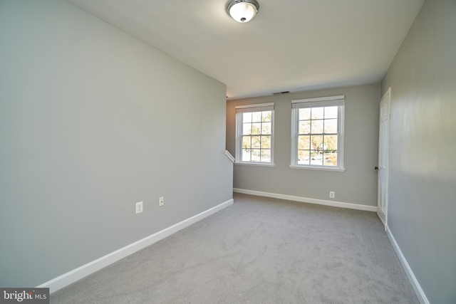 2 Bedrooms, Fairlington - Shirlington Rental in Washington, DC for $1,995 - Photo 2