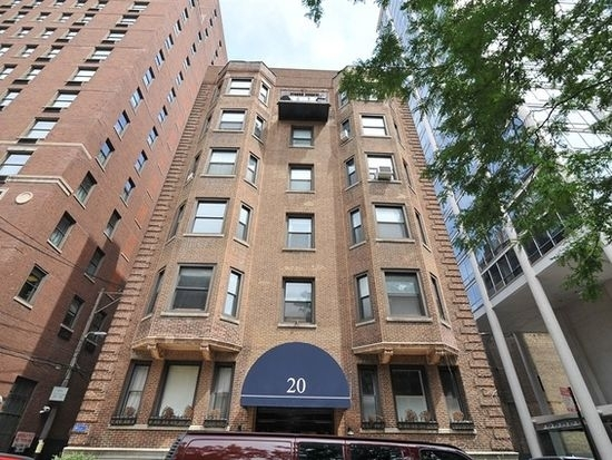 1 Bedroom, Gold Coast Rental in Chicago, IL for $1,750 - Photo 1