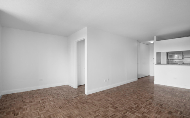 Studio, Lincoln Square Rental in NYC for $2,780 - Photo 2