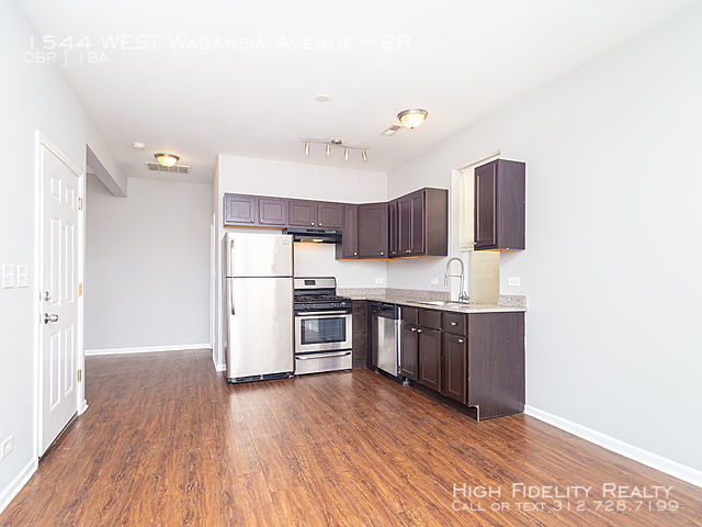 1 Bedroom, Bucktown Rental in Chicago, IL for $1,400 - Photo 2