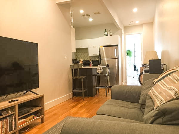 2 Bedrooms, Bushwick Rental in NYC for $1,968 - Photo 2