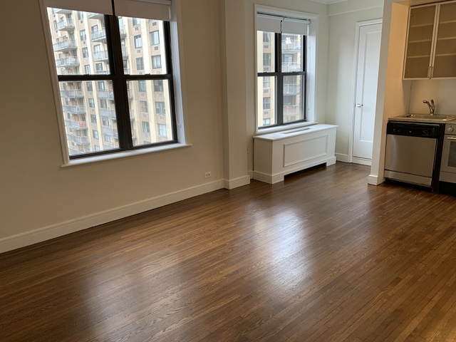 Studio, Lincoln Square Rental in NYC for $2,625 - Photo 1
