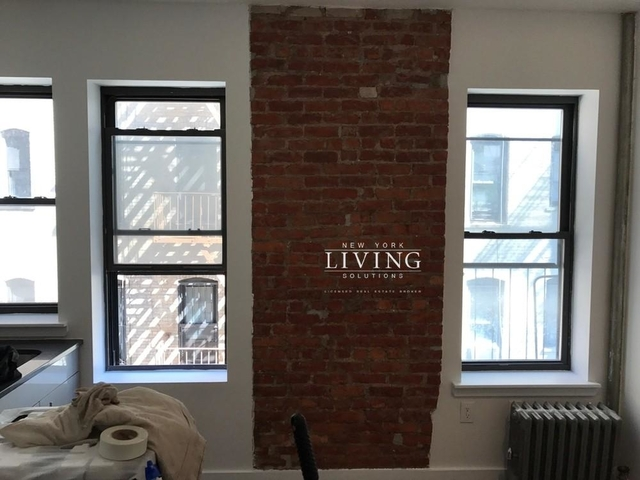 Studio, Crown Heights Rental in NYC for $2,975 - Photo 2