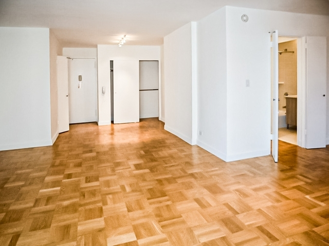 1 Bedroom, Upper East Side Rental in NYC for $2,929 - Photo 2