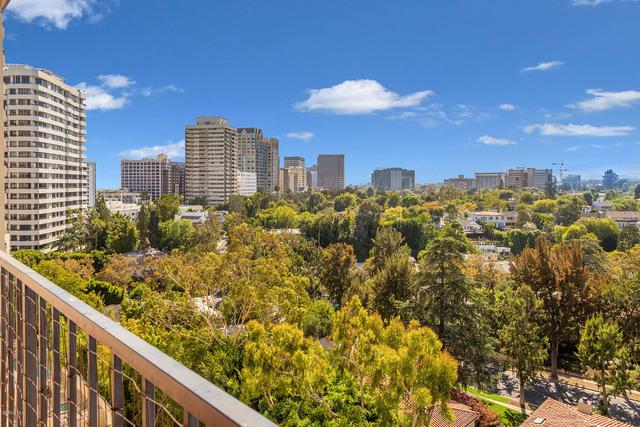 2 Bedrooms, Westwood Rental in Los Angeles, CA for $3,250 - Photo 1