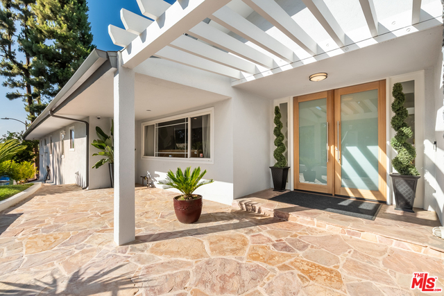 4 Bedrooms, Encino Rental in Los Angeles, CA for $9,500 - Photo 2