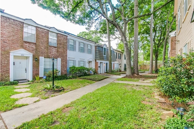 2 Bedrooms, Spring Manor Townhome Rental in Houston for $1,650 - Photo 2