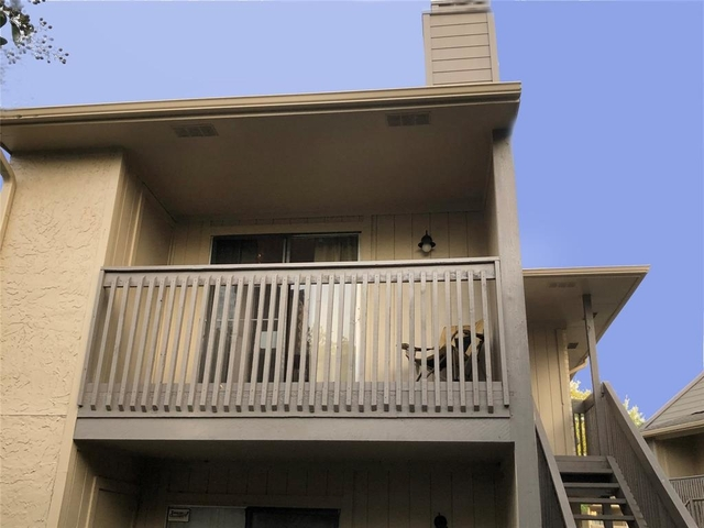 2 Bedrooms, University Trace Condominiums Rental in Houston for $1,050 - Photo 1