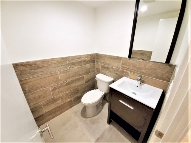 3 Bedrooms, Wingate Rental in NYC for $3,300 - Photo 2