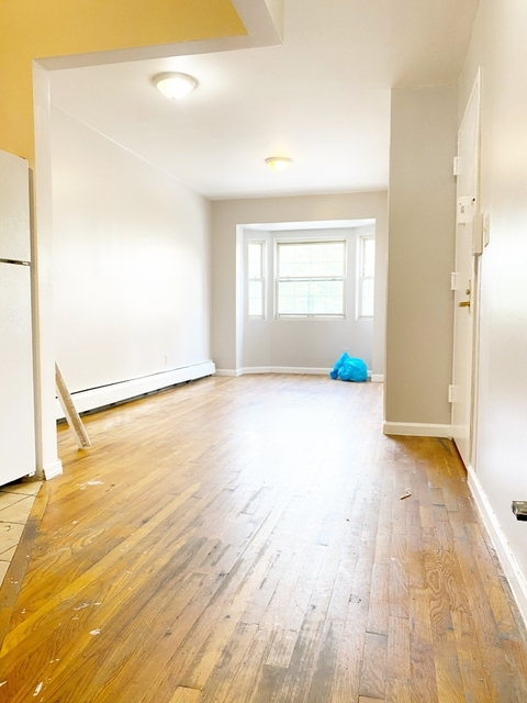 3 Bedrooms, Brownsville Rental in NYC for $2,150 - Photo 1