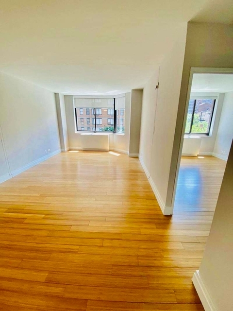 1 Bedroom, Rose Hill Rental in NYC for $3,380 - Photo 2