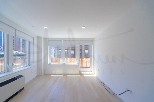 1 Bedroom, Financial District Rental in NYC for $4,333 - Photo 2