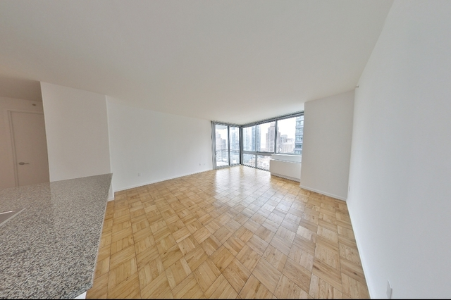 2 Bedrooms, Hell's Kitchen Rental in NYC for $4,663 - Photo 2