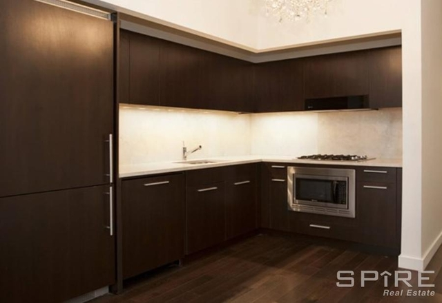 1 Bedroom, Financial District Rental in NYC for $5,404 - Photo 2