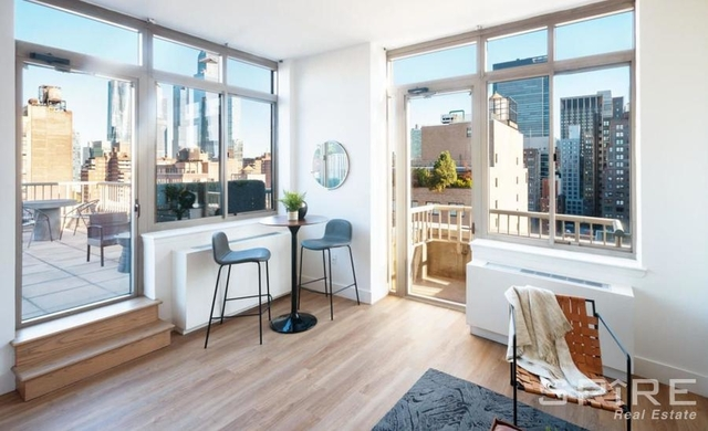 2 Bedrooms, Chelsea Rental in NYC for $6,045 - Photo 1