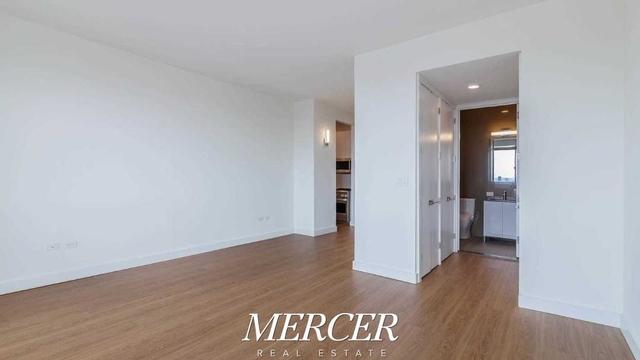 Studio, Chelsea Rental in NYC for $3,390 - Photo 2