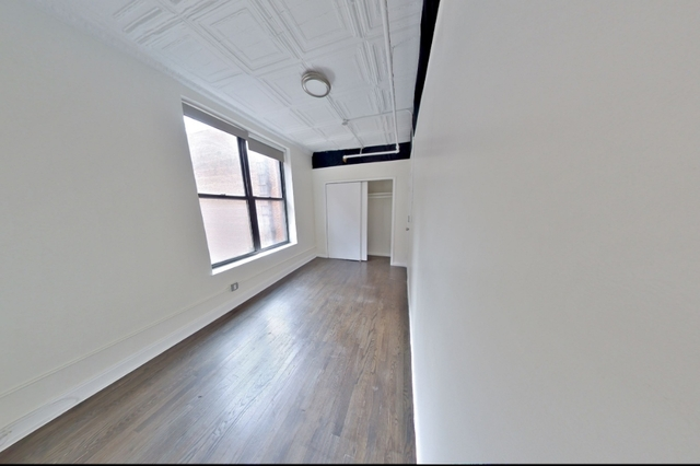 3 Bedrooms, Chelsea Rental in NYC for $4,195 - Photo 2