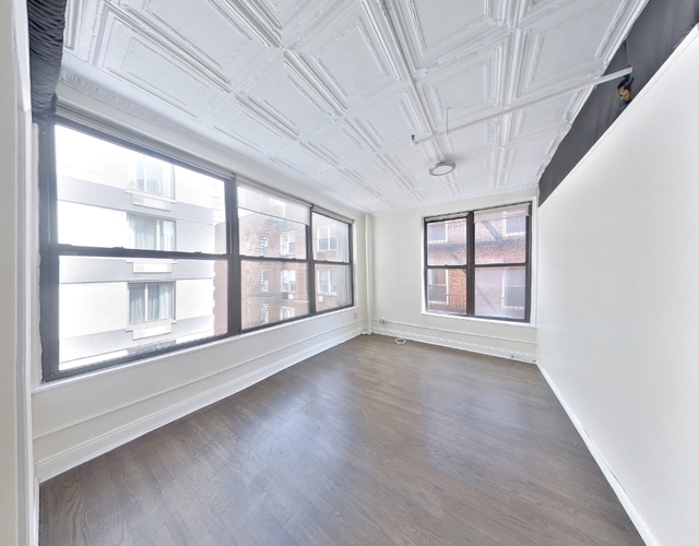 3 Bedrooms, Chelsea Rental in NYC for $4,195 - Photo 1