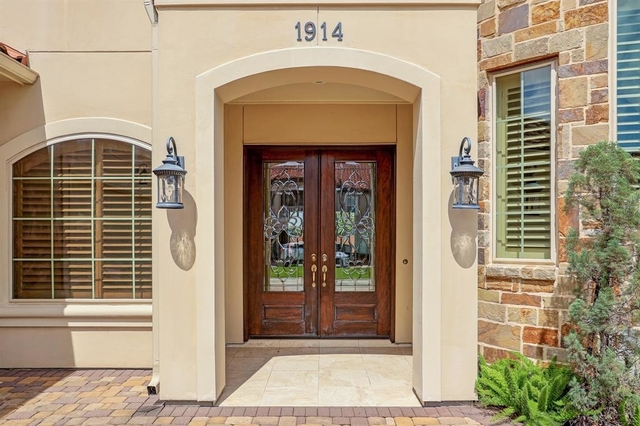 5 Bedrooms, Lakes of Parkway Rental in Houston for $5,900 - Photo 2
