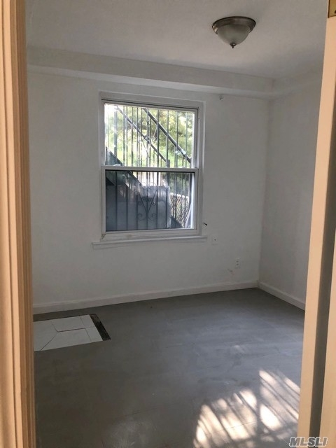 1 Bedroom, Jackson Heights Rental in NYC for $1,500 - Photo 2