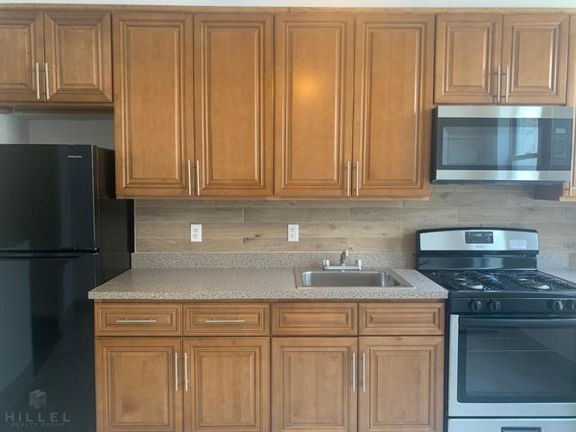2 Bedrooms, Ridgewood Rental in NYC for $2,200 - Photo 1