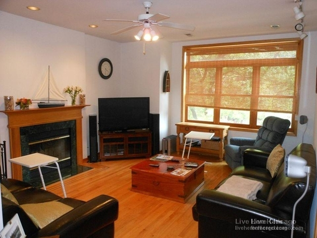 3 Bedrooms, Roscoe Village Rental in Chicago, IL for $2,700 - Photo 2