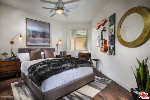 2 Bedrooms, Playhouse District Rental in Los Angeles, CA for $3,085 - Photo 2