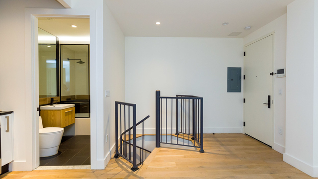 3 Bedrooms, East Williamsburg Rental in NYC for $3,325 - Photo 2