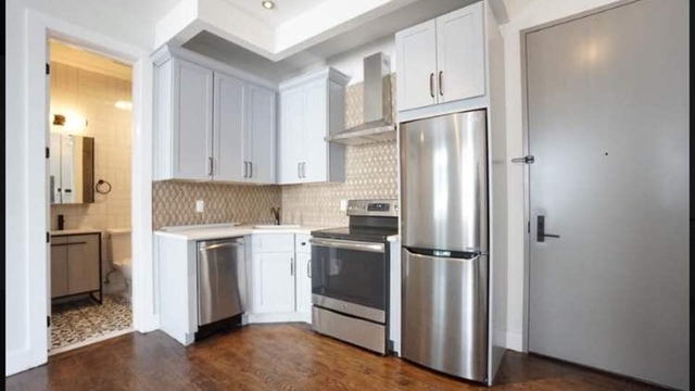 1 Bedroom, Greenpoint Rental in NYC for $2,945 - Photo 1