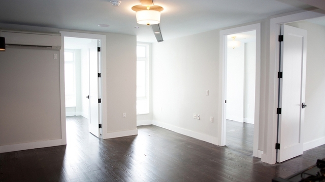3 Bedrooms, Bushwick Rental in NYC for $2,933 - Photo 2